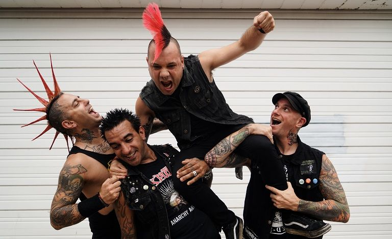 The Casualties (USA), Highschool Dropouts, Fladderpuck Liput